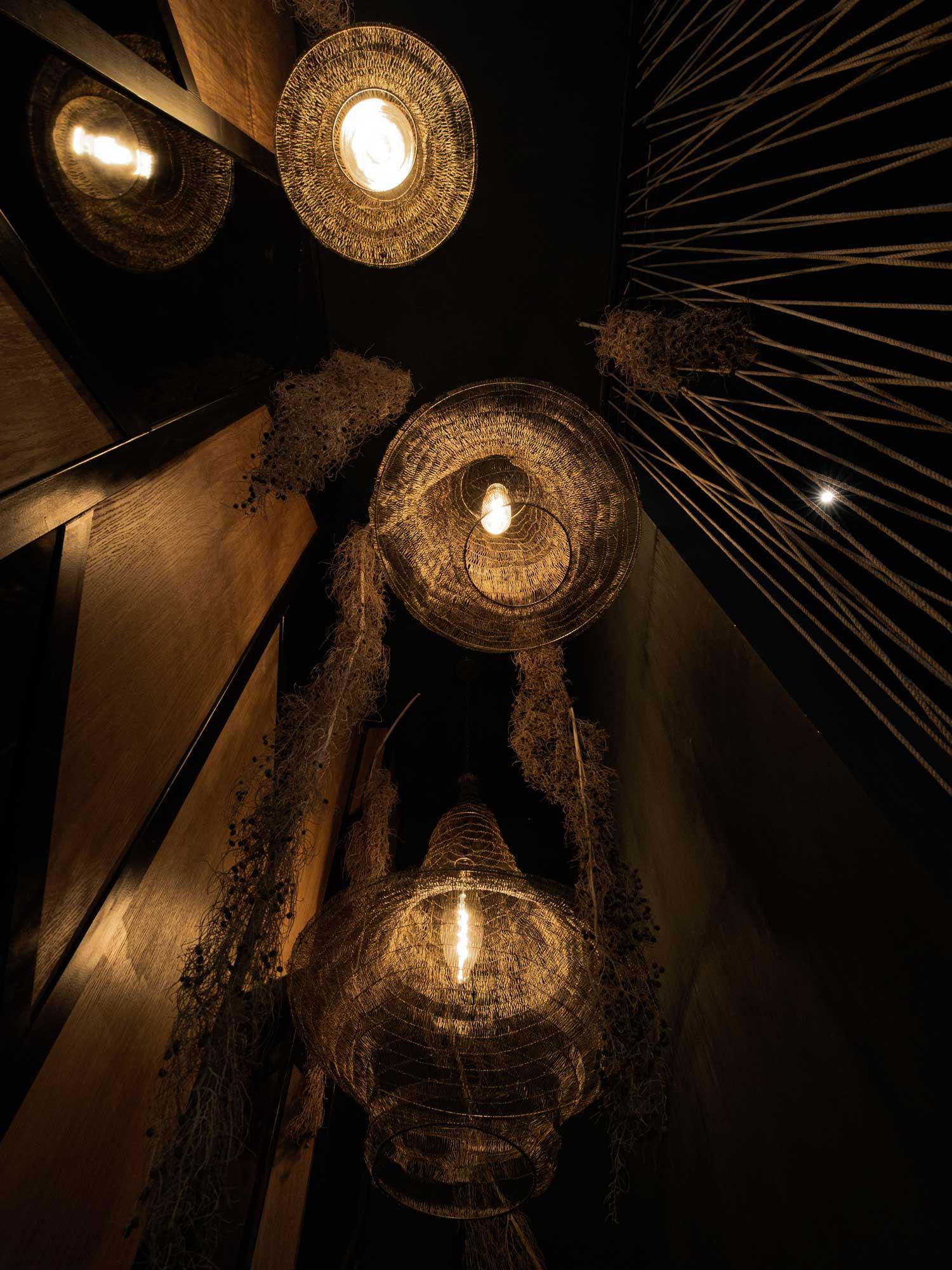 N14-Restaurant_Ambiente-Lampen