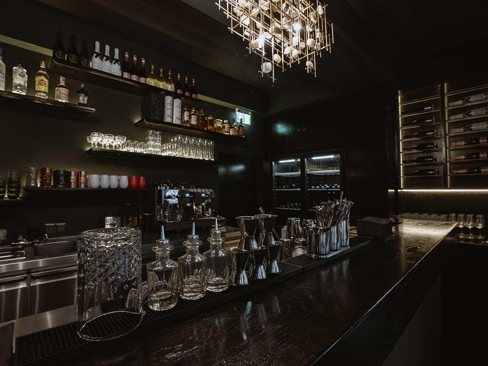N14-Restaurant_Cocktail-Theke